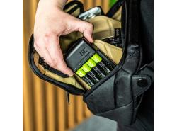Set Green Cell GC VitalCharger chargeur pour batteries et 4x AA Ni-MH 2000mAh